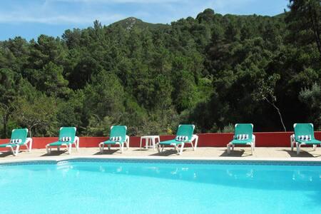 Villa with private garden&pool - Azeitão - House