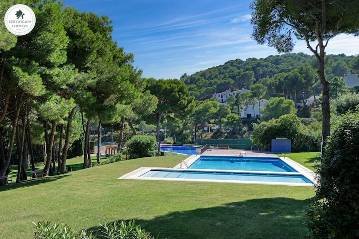 CALA NOSTRA -ROCA ROSA -attached house with sea view and pool-Tamariu