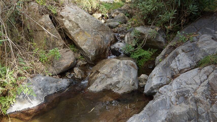 Casa en la naturaleza con rio/ 8 p. - Ojén