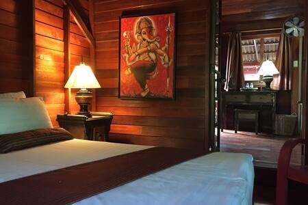 Quite Bungalow Resort Thai Style - khanom
