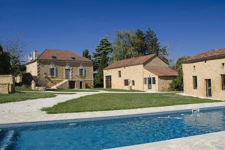Villa Pech'Mej avec piscine en Périgord Noir - Sainte-Foy-de-Belvès
