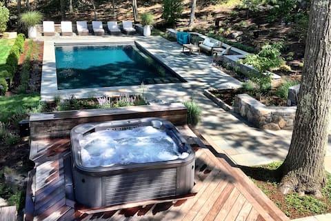 Bluestone Burrow, a luxury Hudson Valley retreat