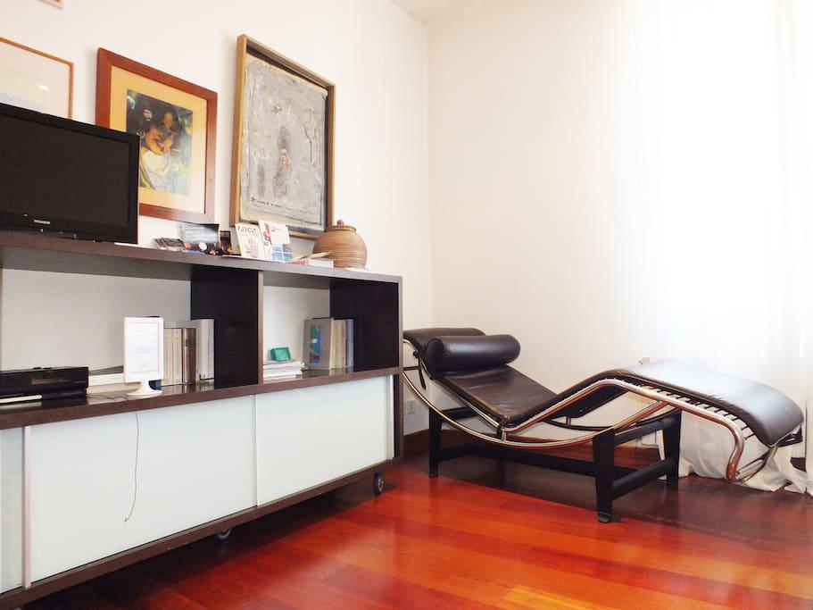 chambre d 39 h te et de convivialit chambres d 39 h tes louer marseille provence alpes c te d. Black Bedroom Furniture Sets. Home Design Ideas