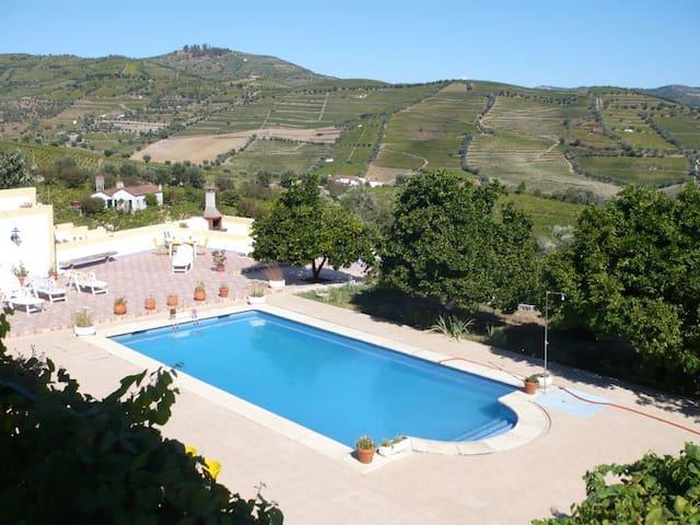 Quinta de Mera-Turismo Rural Douro - Godim - Haus