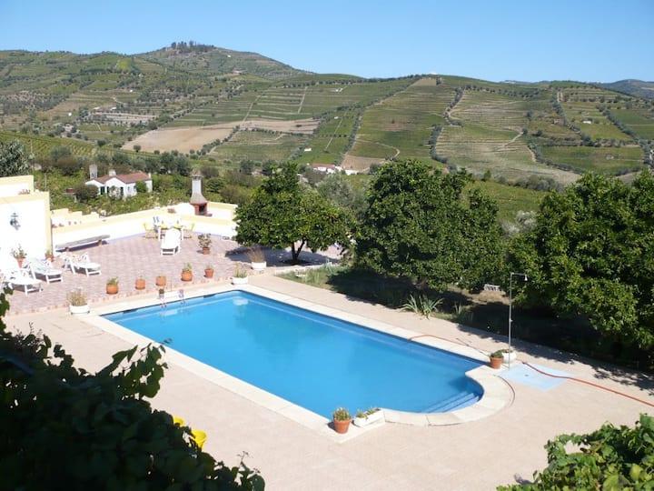 Quinta de Mera-Turismo Rural Douro