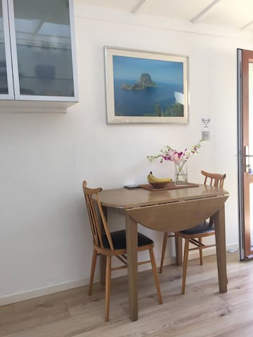 Beautiful small ground floor studio