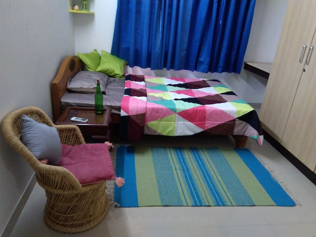 nila's nest - navalur - easily accessible