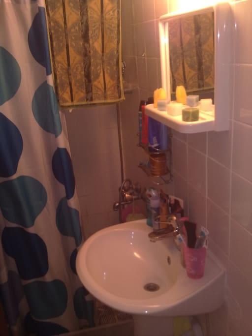 туалет/душевая комната