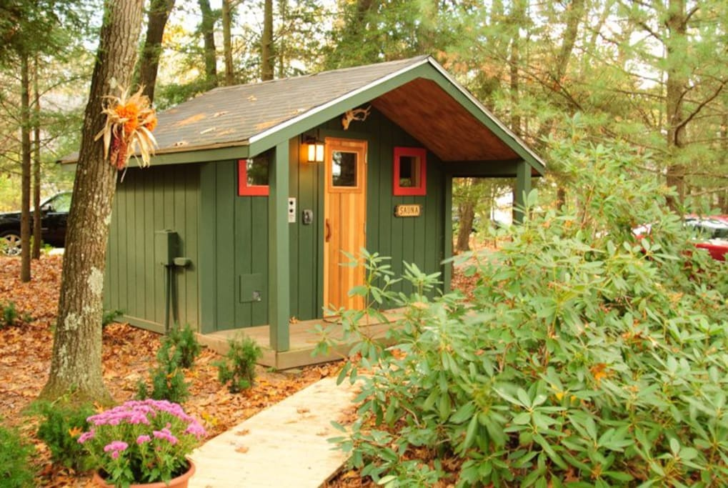 Pure Michigan Muskegon River Cabin And Bunkhouse