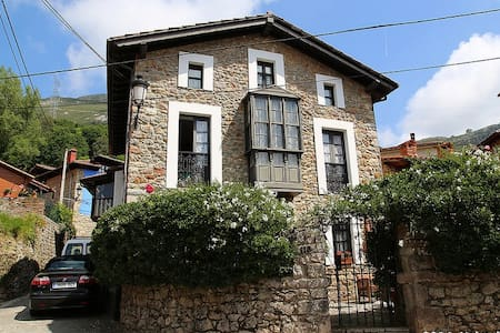 Casa Estilo Colonial  - Alevia