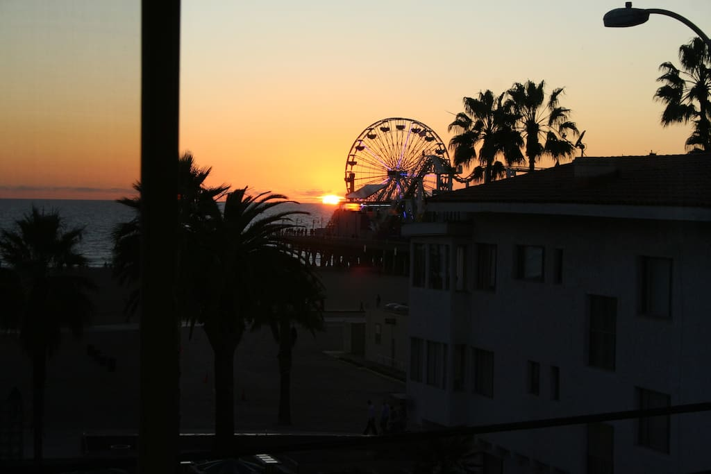 Sunset and the famous Santa Monica Pier view from the bedroom and kitchen.