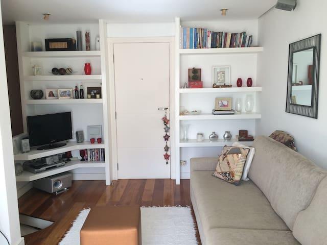 Duplex super confortável no Morumbi - São Paulo - Apartment