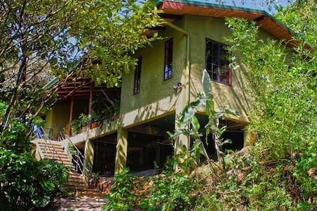 Casa Anaconda...bring the family! - Ciudad Colón