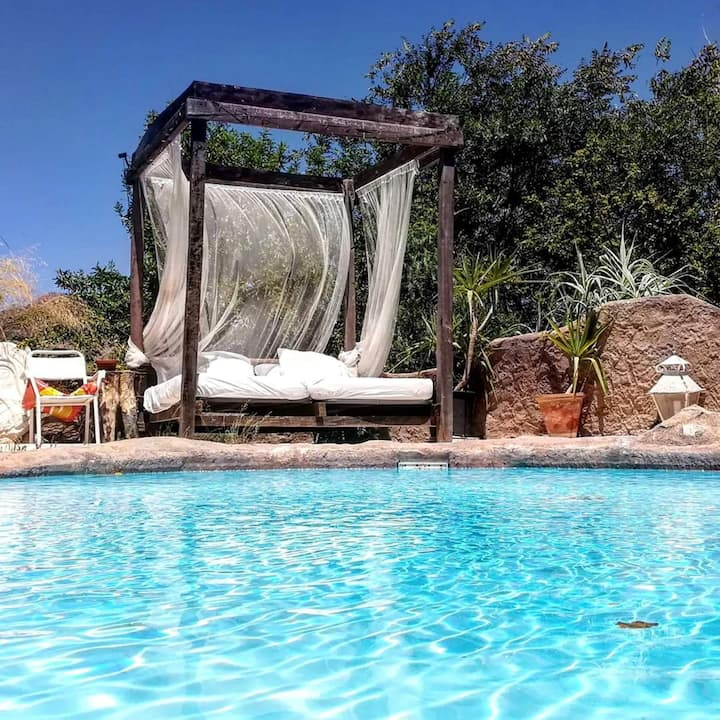 Villa with 3 bedrooms in Loja, with wonderful mountain view, private pool, enclosed garden - 50 km from the beach