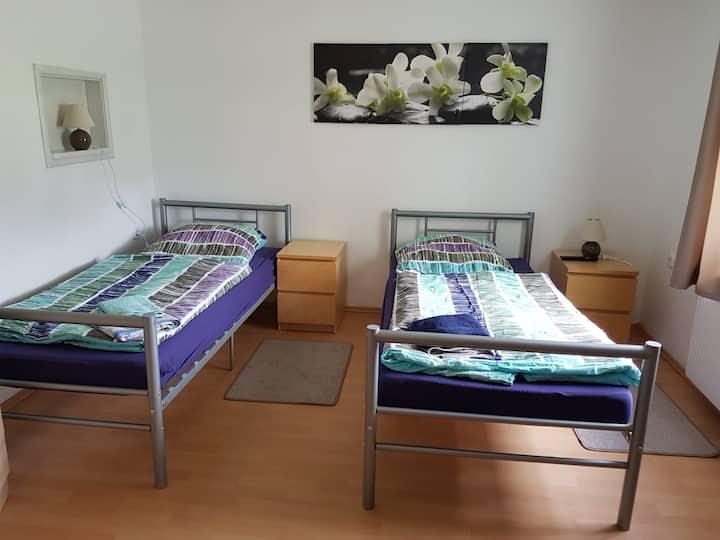 Neumünster Faldera - Haus Anja - Zimmer 1