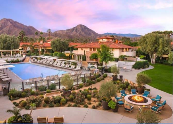 Miramonte Resort & Spa, 2 Queen Bed Hotel Room