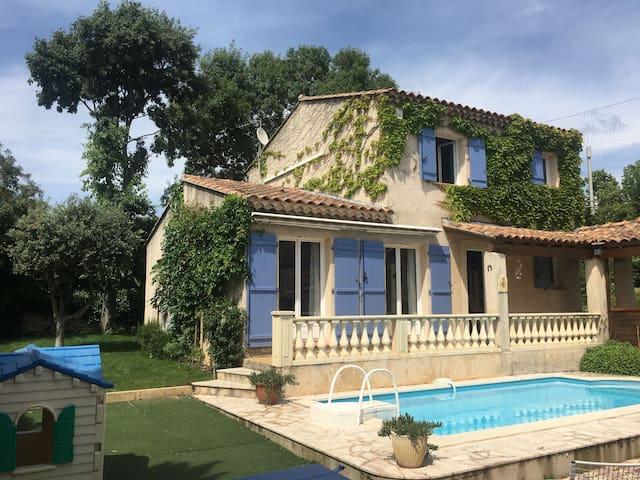 Villa entière dans les collines de Marseille