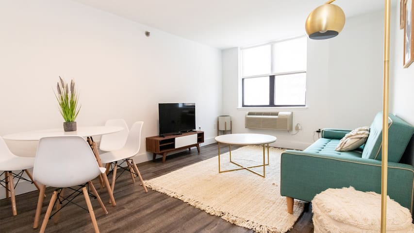 Modern 2BR on Garden St, 15 min from NYC