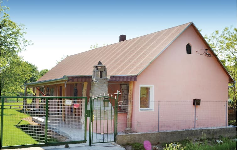 Holiday cottage with 1 bedroom on 70m² in Magyarkeszi