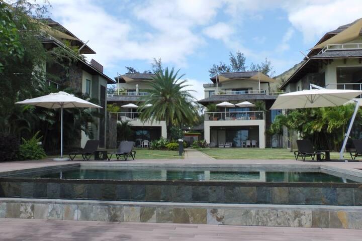 Belle Crique superbe appartement pieds dans l'eau! - Tamarin