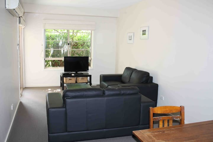 Comfort and great location! - Turner - Appartement