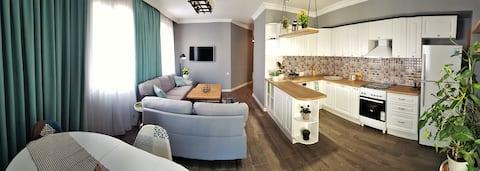 Welcome Apartment on the Black Sea Side, Batumi
