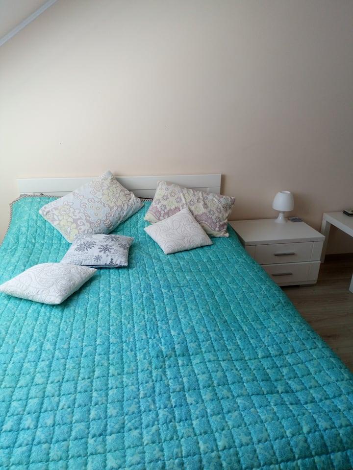 Уютная квартира на Олимпийском бульваре