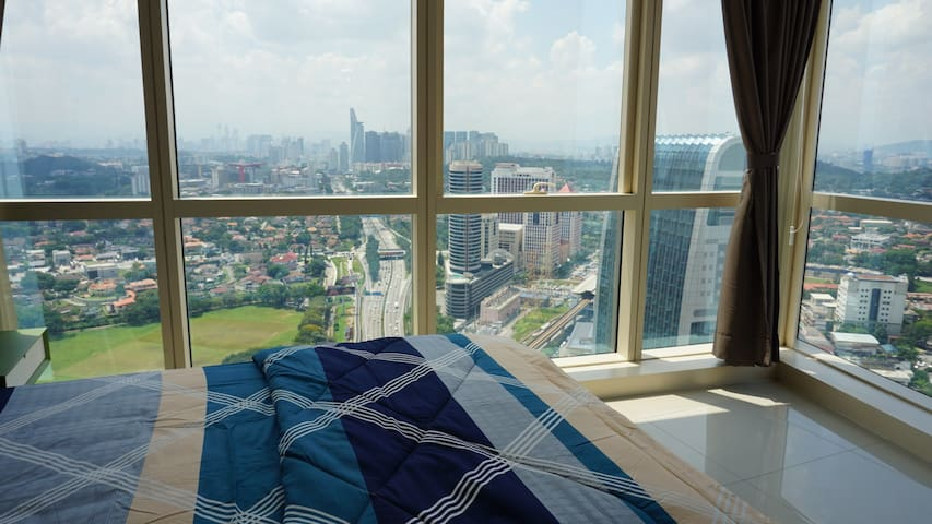 23aFlr New Studio @ Pinnacle PJ|Near LRT|WIFI|四人公寓