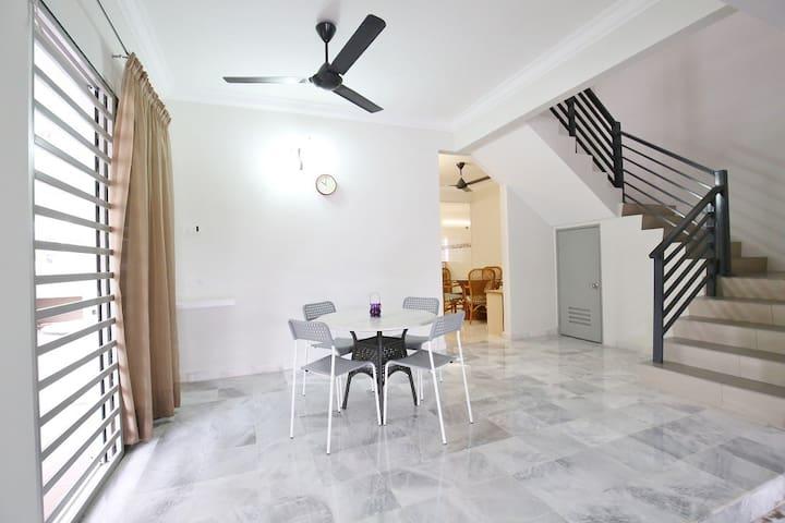 Ipoh Tawas Homestay (4 rooms)