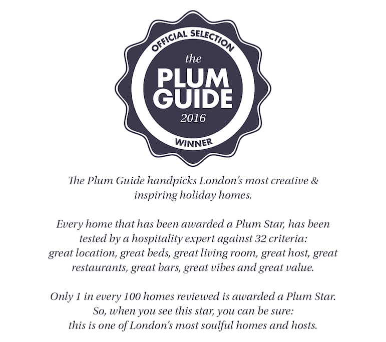 Our flat has been awarded a Plum Guide Diploma! Please read the text in the photo for details.