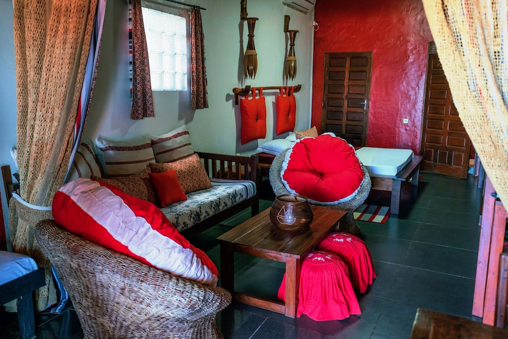 Chambre familiale avec 1 lit double, 2 lits simples et 1 canapé-lit