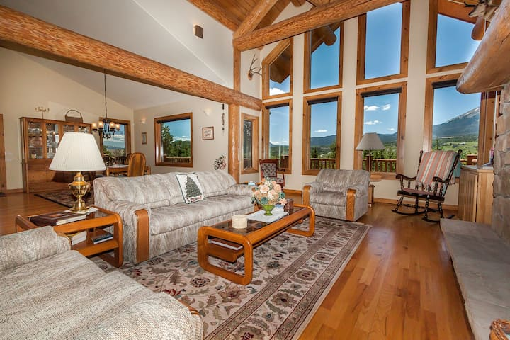 14 Road A, Stand-alone Home w/Panoramic Views