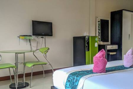 Budget Double room with free breakfast in Khanom