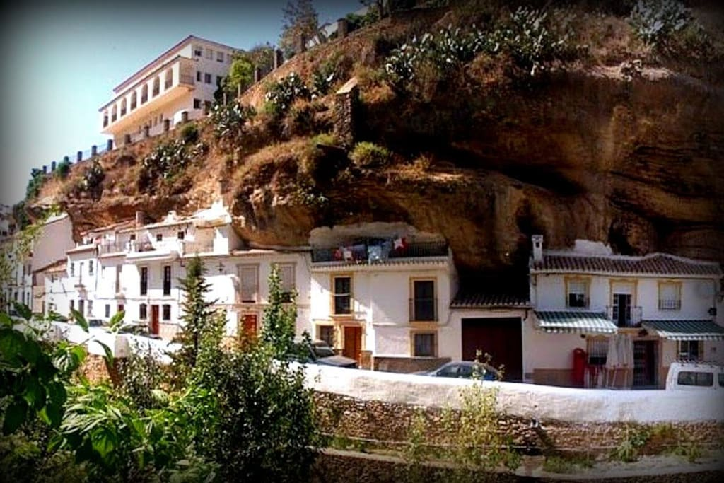 Habitacion en casa cuevas casas cueva en alquiler en - Bodegas en casa ...