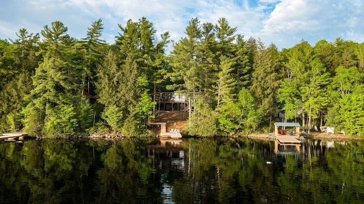 Carpe Diem on Bass Lake - Stunning sunset view cottage with all the bells & whistles!