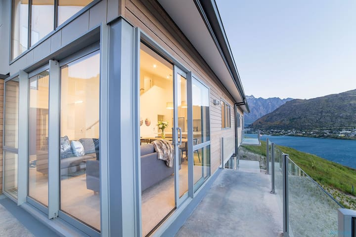 Bluewater Queenstown - Queenstown Hill - Flat
