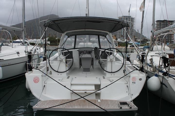 Noleggio Barca Beneteau oceanis 41.1 anno 2019