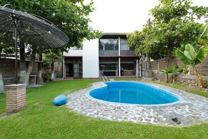 Casa Alpe Tequesquitengo