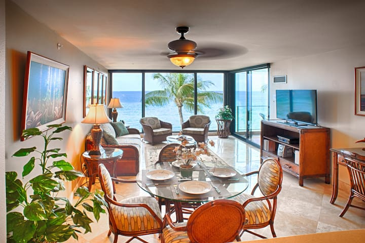 Oceanfront 1-bedroom at the Mahana