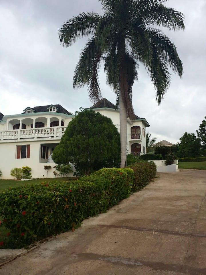 Seaview Chateau Montego Bay Villa