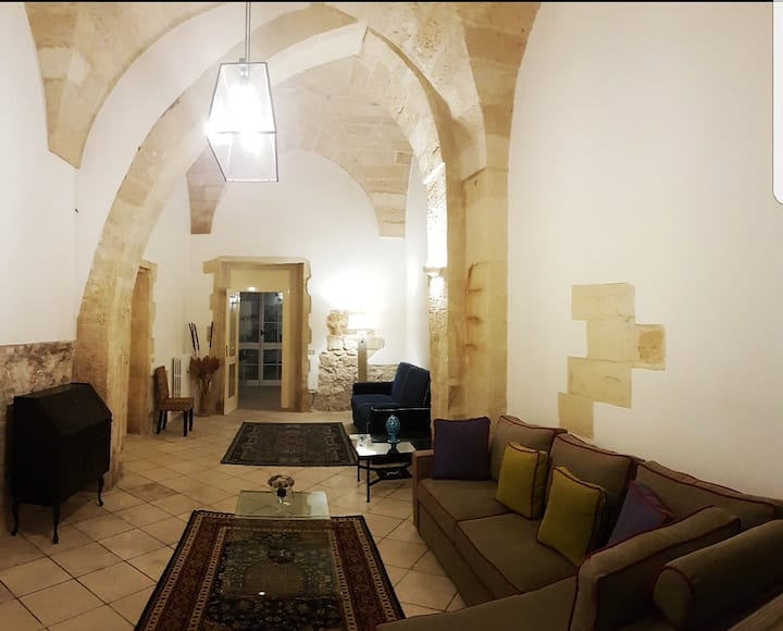 Monastery of '400 century in the heart of Lecce