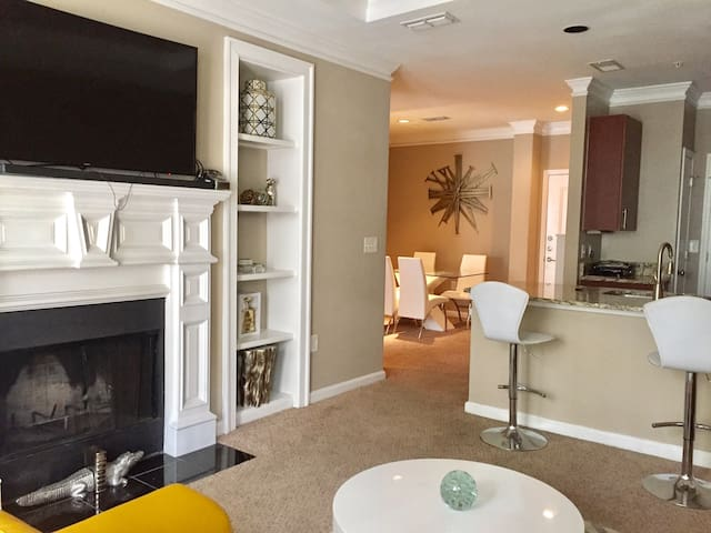 Sophisticated home with beautiful decor! - Atlanta - Appartement