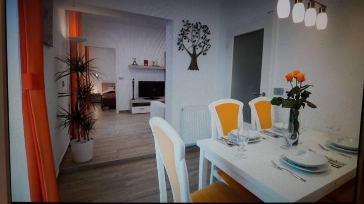 Orange - apartma miki's