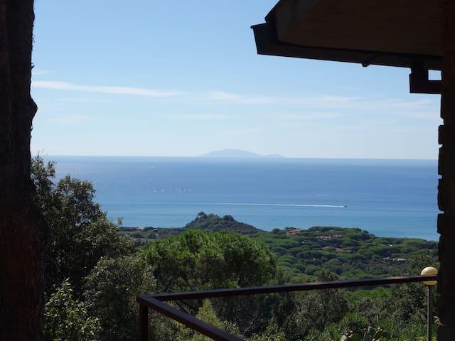 Comfort and view 1.5 km from the se - Castiglione della Pescaia - วิลล่า