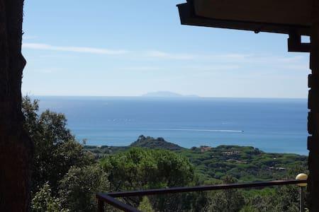 Comfort and view 1.5 km from the se - Castiglione della Pescaia