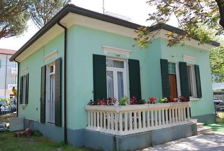 Accogliente Casa sul mare - Igea Marina - Huis