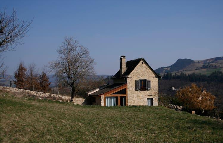 Petite maison de vigne rénovée - Marvejols