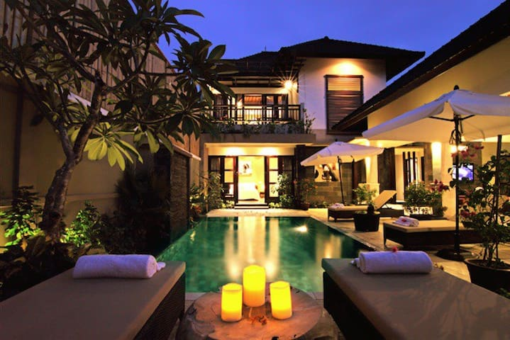Gili Pearl Villa ( 3 Bedroom )
