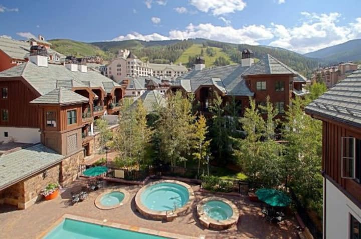 Studio at Beaver Creek, Mountain Lodge