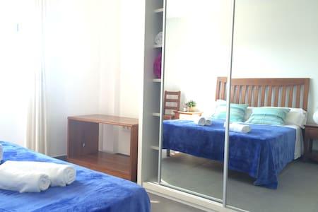 Habitación doble c/ baño Formentera - Ses Bardetes - Bed & Breakfast
